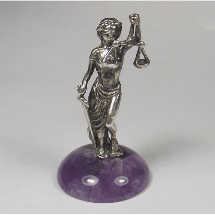 """Серебряная статуэтка """"Фемида"""""""