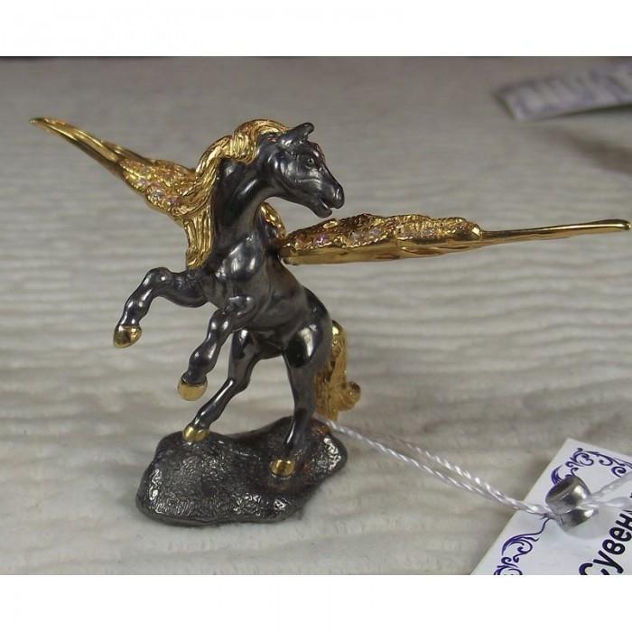 """Серебряная статуэтка """"Пегас"""" из серебра 925 пробы с золочением."""